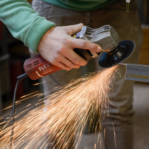 Stahl Edelstahl und Metallverarbeitung jeglicher art meisterlich umgesetzt in der Schlosserei,